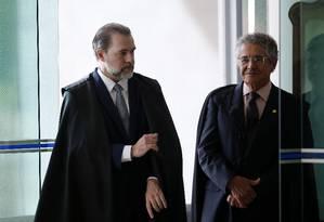 O presidente do Supremo, Dias Toffoli, e o ministro Marco Aurélio Mello Foto: Jorge William / Agência O Globo/13-02-2019