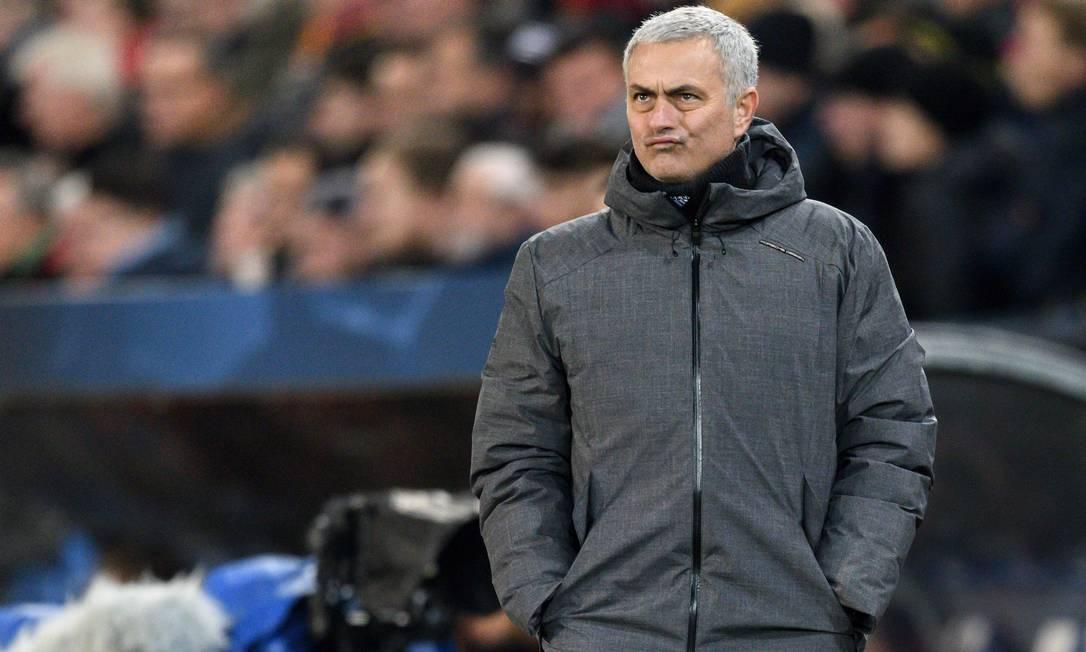 Mourinho é anunciado na Roma Foto: FABRICE COFFRINI / AFP