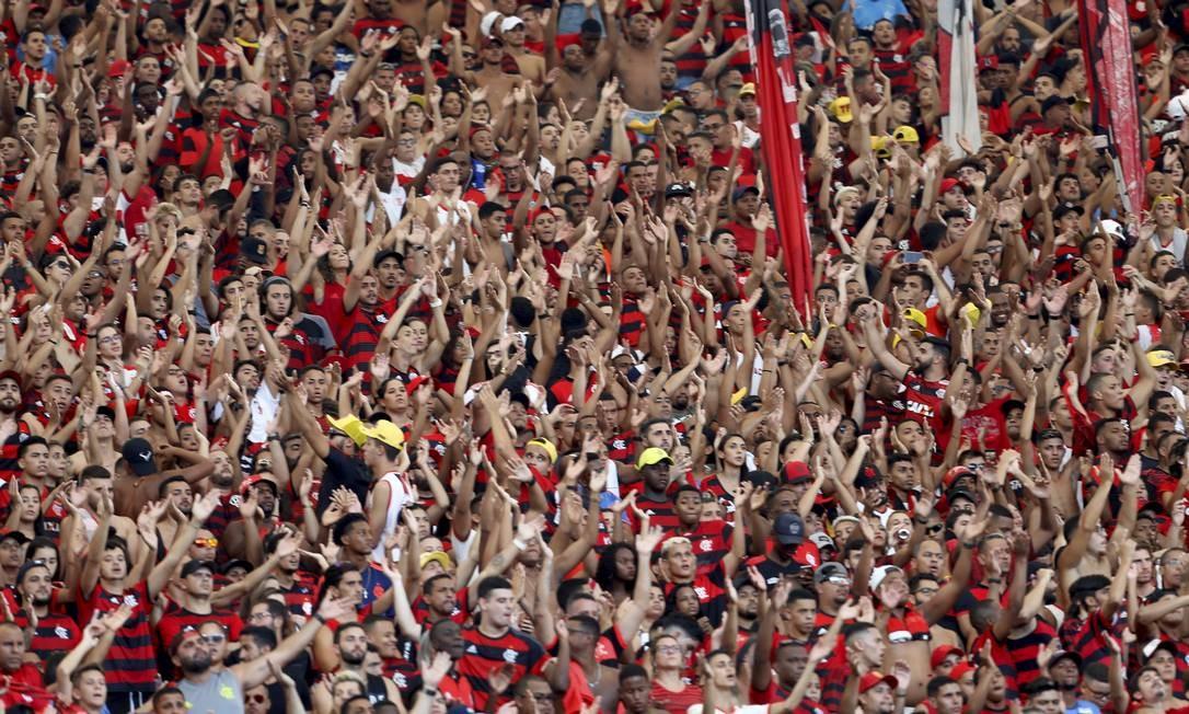 Torcida do Flamengo no Maracanã Foto: Marcelo Theobald / Agência O Globo