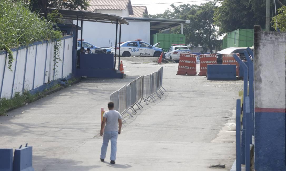 Coordenadoria de Polícia Pacificadora da PM foi atacada por traficantes Foto: Antonio Scorza / Antonio Scorza