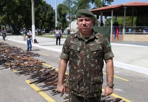 Tenente-coronel Alexandre de Almeida. O militar era a mais importante autoridade do setor no controle de armas que circulam no Rio de Janeiro e Espírito Santo Foto: Felipe Cavalcanti / Divulgação / Exército