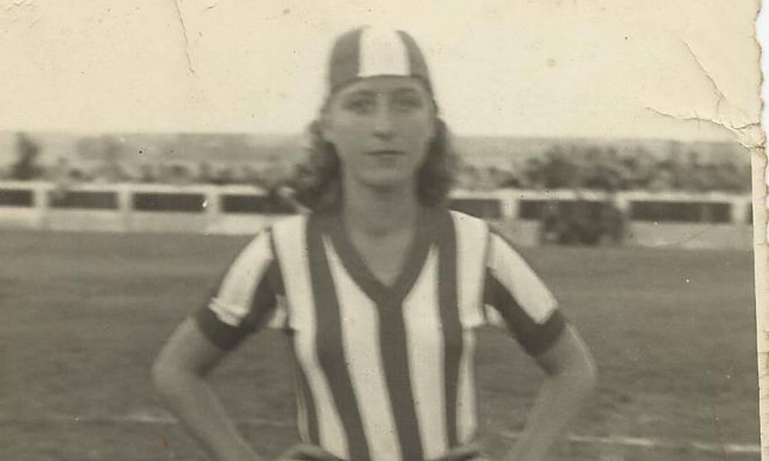 Madalena Pruss, jogador do Pelotas, do Rio Grande do Sul, nos anos 50 Foto: Arquivo Museu do Futebol