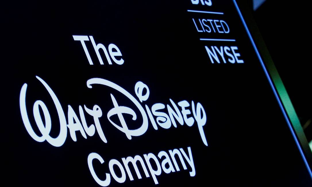 Logo da Disney em Wall Street: de olho no Hulu. Foto: Brendan McDermid / REUTERS