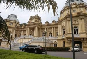 Palácio Guanabara, sede do governo do Rio: no estado, aumento da contribuição para 14% só foi possível depois que STF cassou decisão que havia suspendido a mudança Foto: Fabiano Rocha / Agência O Globo