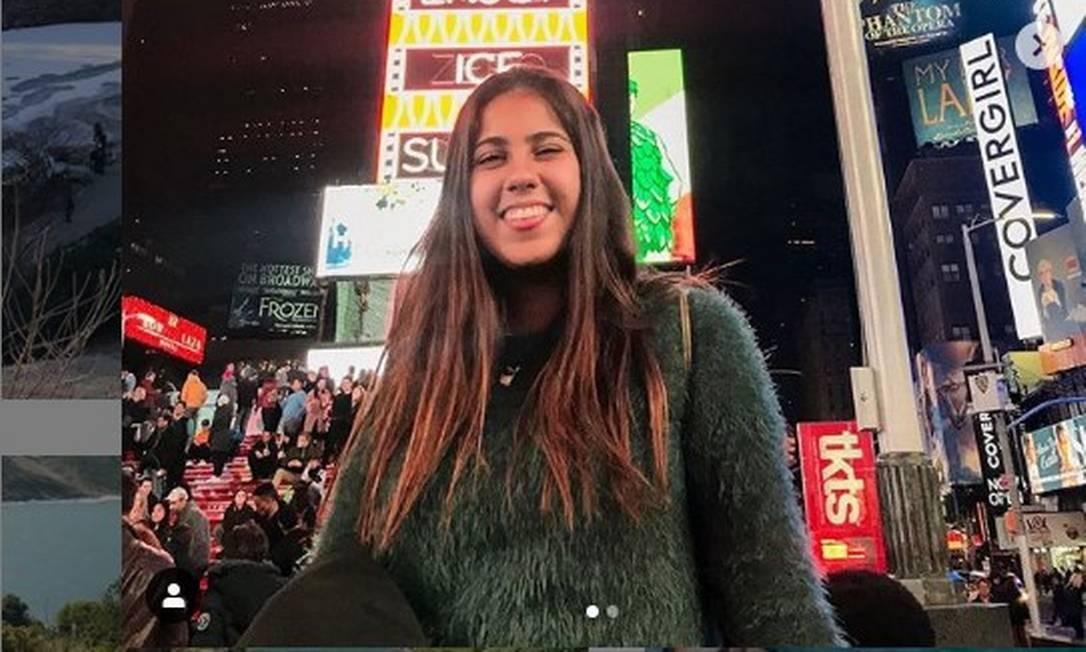 Larissa Spezani Resende, de 20 anos, foi atingida pela fachada de um prédio no Leblon Foto: Reprodução