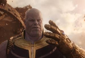 Thanos com a manopla do infinito, em 'Vingadores: Guerra Infinita' Foto: Reprodução
