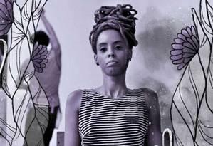 A antropóloga e cineasta Milena Manfredini organiza a Mostra de Cinema Narrativas Negras, que discute representatividade, racismo e políticas públicas para artistas negros Foto: Arte de Luiz Lopes sobre foto divulgação