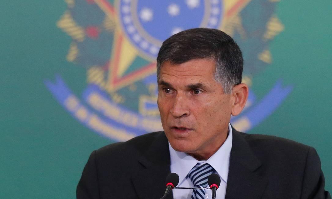 O ministro da Secretaria de Governo da Presidência, Carlos Alberto dos Santos Cruz 02/01/2019 Foto: Pablo Jacob / Agência O Globo