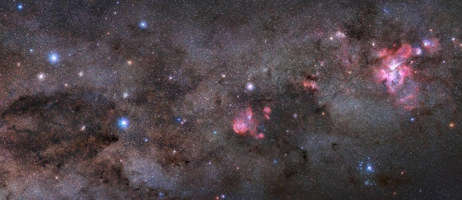 Foto do brasileiro Kiko Fairbairn registrada na Chapada dos Veadeiros (GO) foi escolhida como imagem astronômica do dia pela Nasa Foto: Kiko Fairbairn