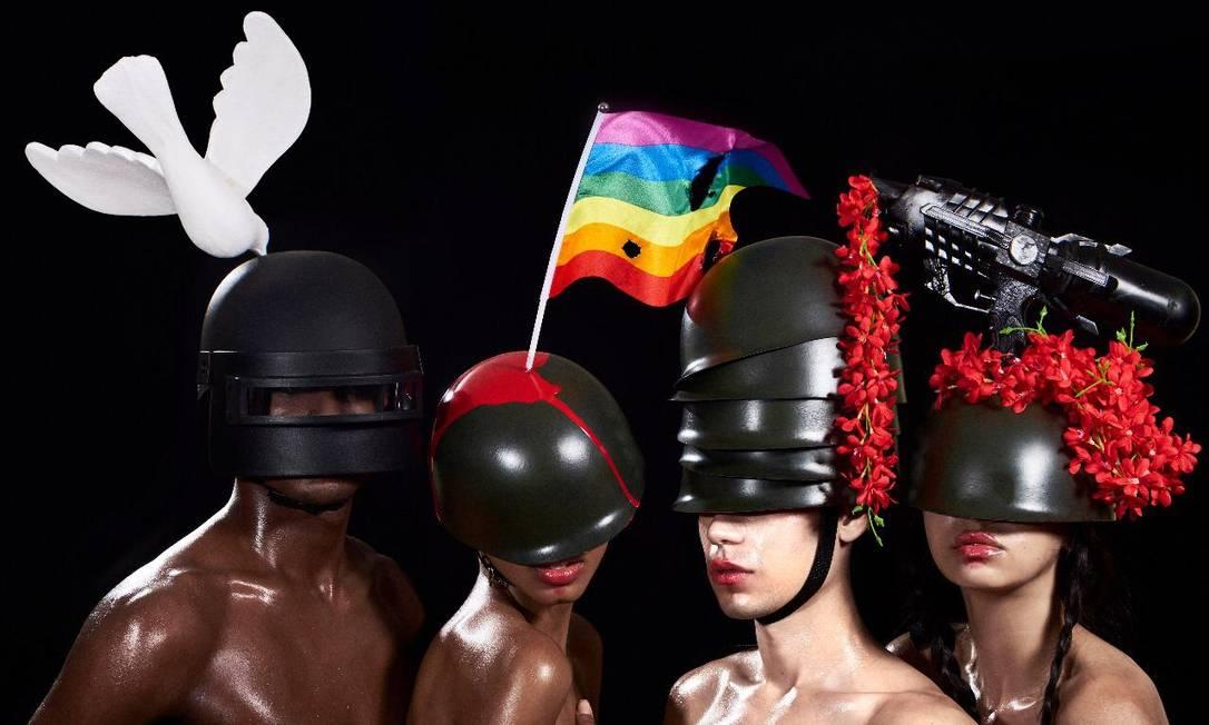 As cabeças do desfile de Ronaldo Fraga Foto: Danilo Apoena