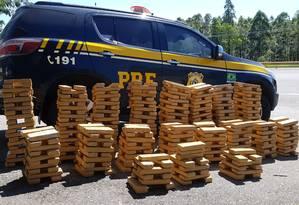 PRF apreendeu meia tonelada de maconha Foto: Divulgação / PRF