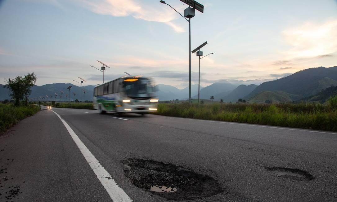 Último balanço divulgado pelo Departamento de Estradas de Rodagem do estado (DER-RJ) indicava que menos de 15 mil veículos trafegavam pelo Arco diariamente Foto: Brenno Carvalho / Agência O Globo