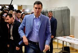 Primeiro-ministro espanhol, Pedro Sánchez, vota em Madri Foto: JAVIER SORIANO / AFP
