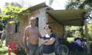 Lira Paes Leme Pacheco e Antônio Martins da Silva, vítimas do vazamento do óleoduto da Petrobrás Foto: Fábio Guimarães