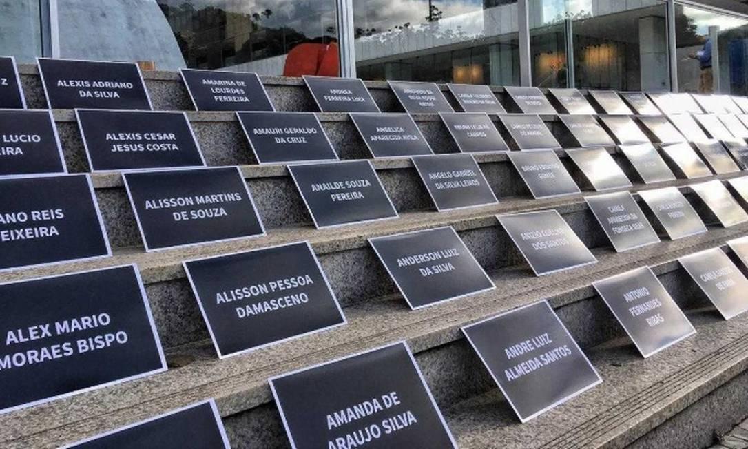 Protesto de vítimas da Vale na sede da empresa Foto: Divulgação