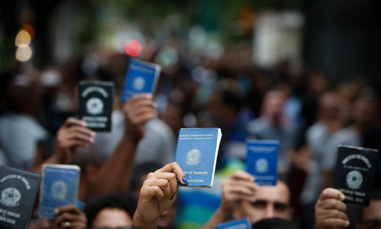 Na comparação com 2018, foram 115 mil postos de trabalho gerados a mais no país Foto: Pablo Jacob / Agência O Globo