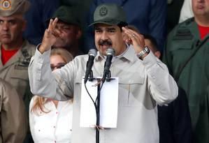 O presidente da Venezuela, Nicolás Maduro, discursa em cerimônia no último dia 13 de abril para marcar o 17º aniversário da volta ao poder do falecido líder venezuelano Hugo Chávez após tentativa de golpe: ele também foi alvo de tentativa de derrubada nesta terça Foto: Carlos Garcia Rawlins / Carlos Garcia Rawlins/REUTERS/13-04-2019
