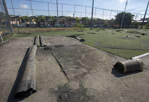 A prefeitura deu início à demolição do Everest Atlético Clube no dia 9 de abril Foto: Bruno Kaiuca / Agência O Globo
