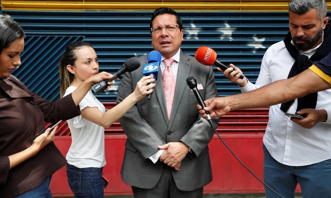 Os agentes do Sebin levaram, segundo o advogado do presidente do VP, Omar Mora Tosta, aparelhos de TV e computadores. Foto: CARLOS GARCIA RAWLINS / REUTERS