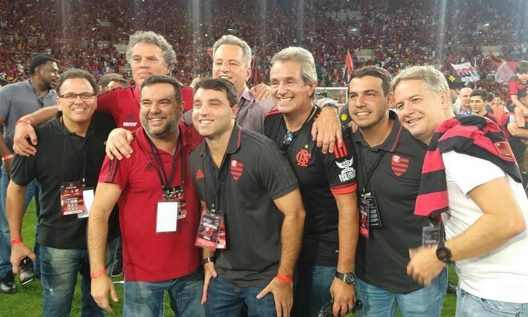 Conselho do Futebol comemora título carioca no campo do Maracanã Foto: Venê Casagrande/O Globo / Venê Casagrande/O Globo