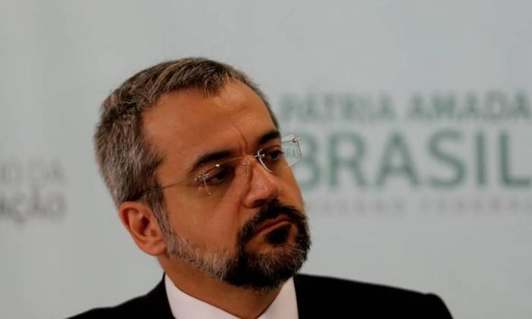 O ministro da Educação, Abraham Weintraub, concede a sua primeira coletiva Foto: Jorge William / Agência O Globo
