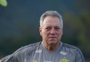Abel Braga se esquiva sobre possibilidade de demissão Foto: Alexandre Vidal / Flamengo