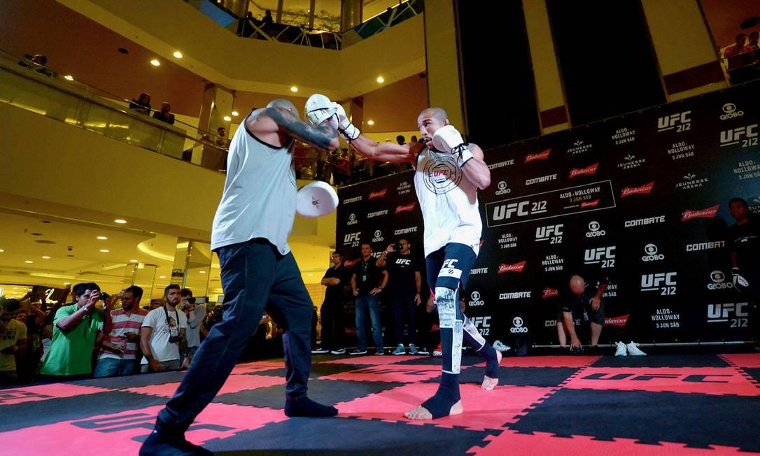 José Aldo durante evento do UFC no ano passado; organização turbinou atrações para este ano Foto: Alexandre Loureiro / Divulgação