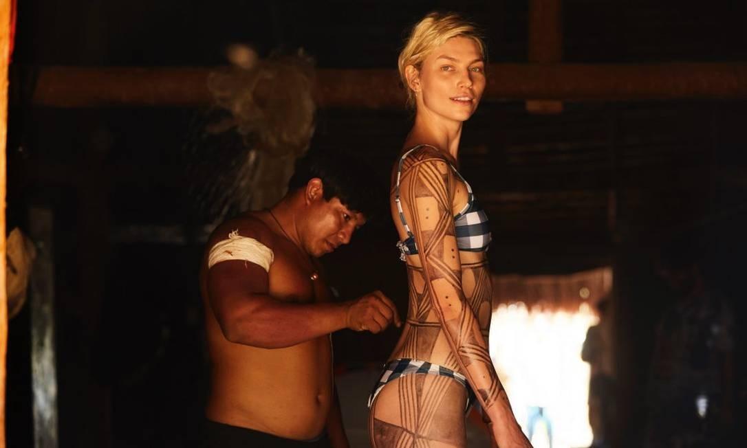 Aline no Xingu Foto: Feco Hamburguer/Divulgação