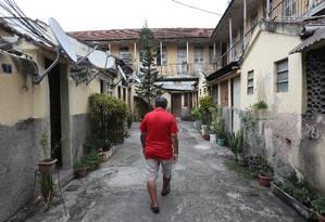Com a crise prolongada, quase um milhão de pessoas serão deslocadas para as classes D/E Foto: Pedro Teixeira / Agência O Globo