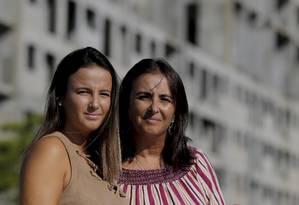 Carla Arruda comprou um imóvel para filha Karen, mas nunca recebeu as chaves: receberá o valor pago e indenização pelo tempo perdido Foto: Marcelo Theobald/Agência O Globo