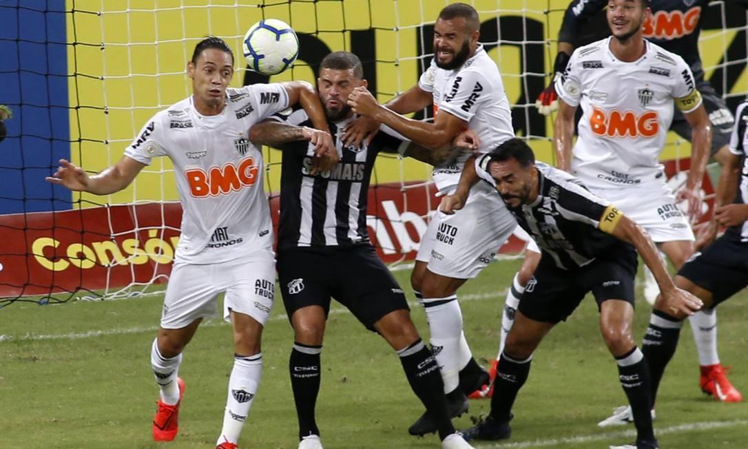 Atlético-MG venceu o Ceará no Castelão Foto: LC MOREIRA/FUTURA PRESS / Agência O Globo