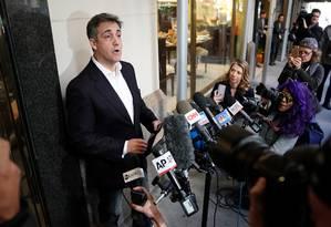 Ex-advogado de Trump, Michael Cohen fala a jornalistas antes de ir a prisão Foto: Carlo Allegri 06-05-2019 / REUTERS