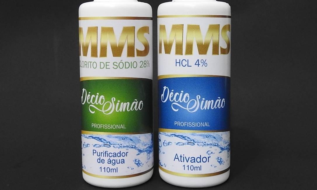 """Frascos do medicamento """"millagroso"""" que promete cura de várias doenças Foto: Reprodução / Mercado Livre"""