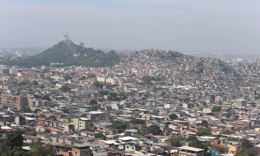 Vila Cruzeiro é uma das comunidades escolhidas pela Prefeitura para receber as obras do novo Favela-Bairro Foto: Fabiano Rocha / Fabiano Rocha