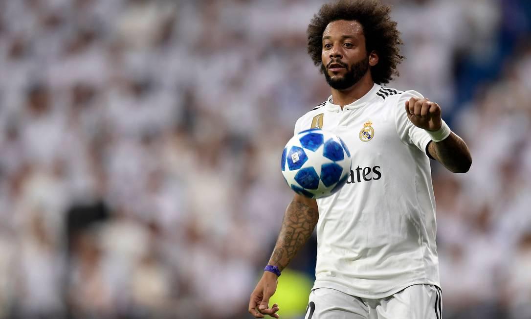 O jogador é capitão do Real Madrid, clube que defende desde 2007. Ele é criador de uma escola de futebol de campo, de salão e de praia na Espanha Foto: Oscar Del Pozo / AFP