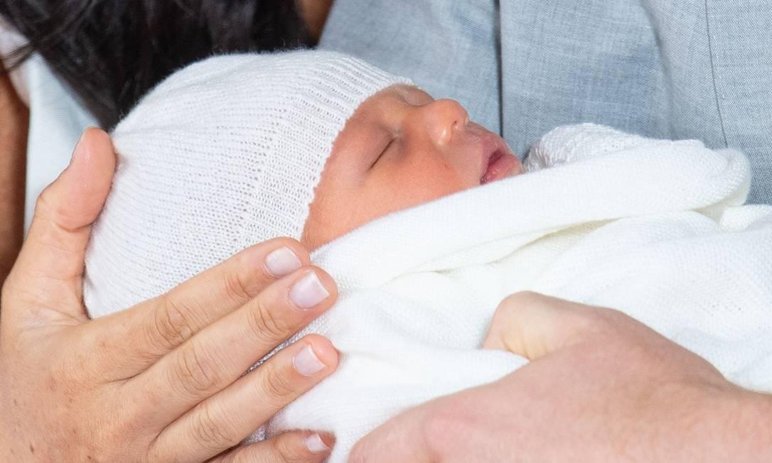 Close no rostinho do bebê real Foto: DOMINIC LIPINSKI / AFP
