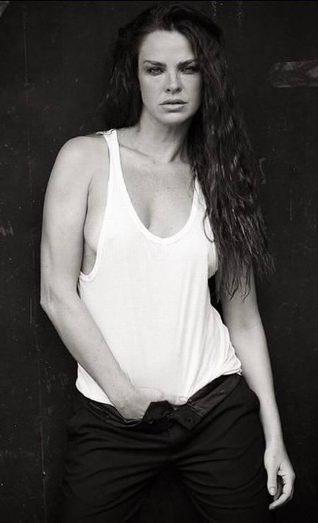 A atriz Leticia Birkheuer Foto: Aderi Costa