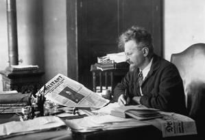 León Trótski em sua mesa Foto: Historical / Corbis via Getty Images