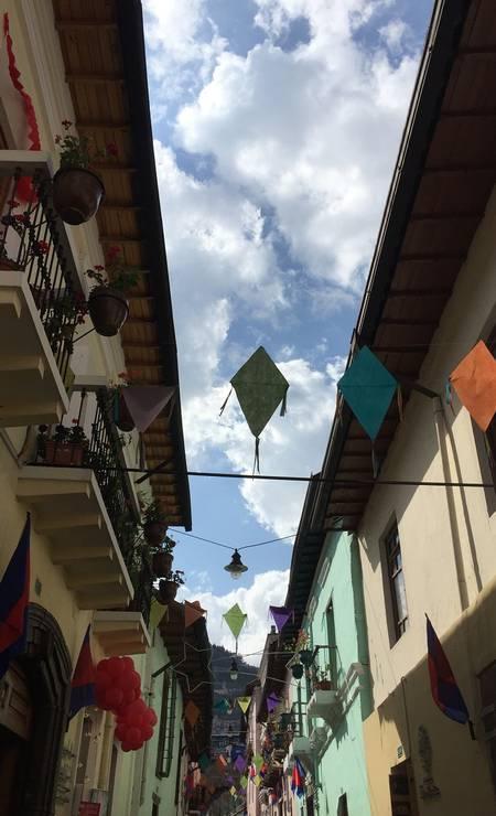 La Ronda, rua com lojinhas bares e restaurantes no centro de Quito, no Equador Foto: Marcelo Balbio / O Globo