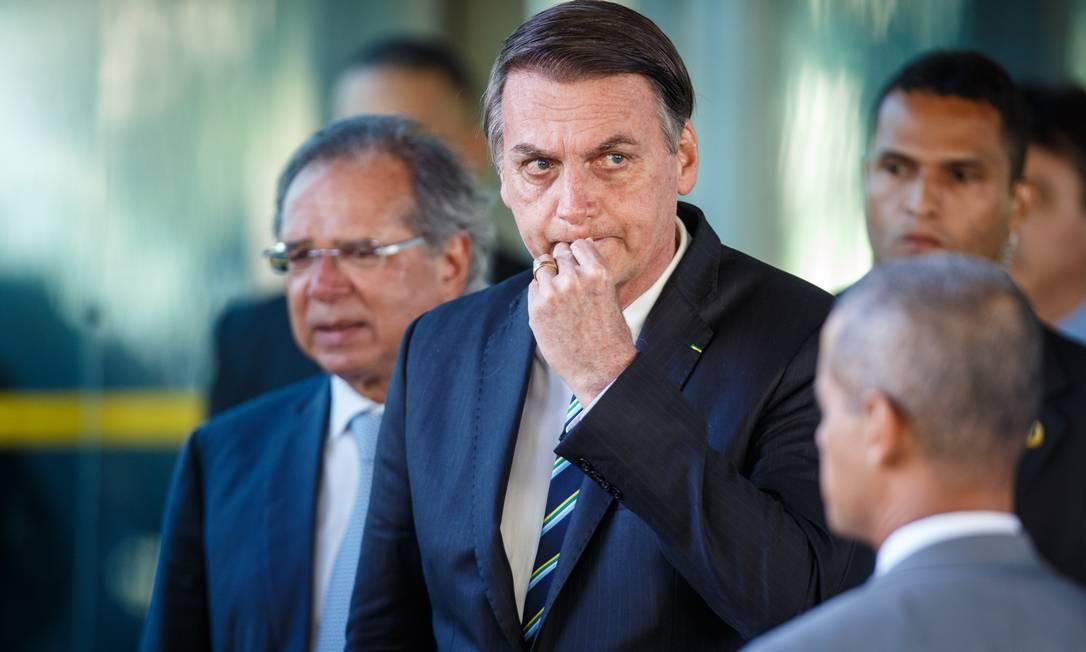 O presidente Jair Bolsonaro e o ministro da Economia Paulo Guedes durante encontro em Brasília Foto: Daniel Marenco / Agência O Globo