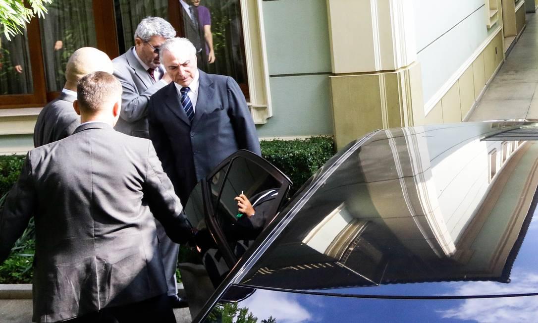 O ex-presidente Michel Temer (MDB) deixou sua casa, no Alto de Pinheiros, Zona Oeste de São Paulo, às 14h45 desta quinta-feira para se apresentar à Justiça Foto: Aloisio Mauricio/Fotoarena