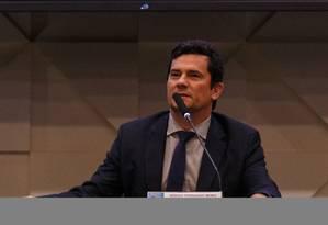 O ministro da justica, Sergio Moro, participou de cerimonia de entrega de diplomas de honra ao merito a agraciados no COAF, na noite desta quinta-feira, em Brasilia. Foto: Daniel Marenco / Agência O Globo