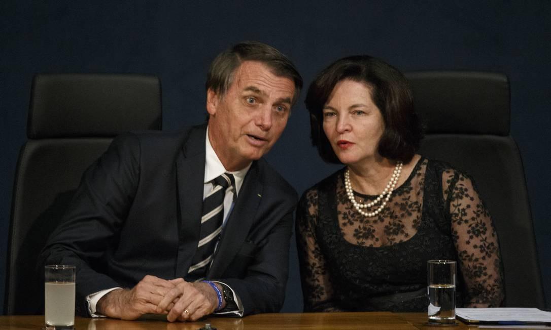 O presidente Jair Bolsonaro e a procuradora-geral da República Raquel Dodge Foto: Daniel Marenco / Agência O Globo