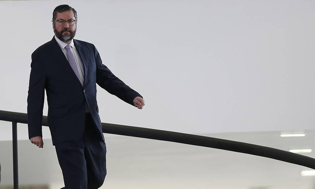 O ministro das Relações Exteriores, Ernesto Araújo, no Palácio do Planalto Foto: Jorge William / Agência O Globo