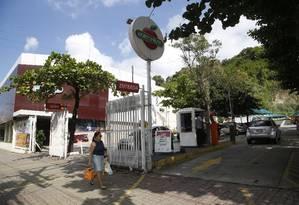 Projeto prevê instalação do shopping no terreno do Hortifruti, adentrando pelo Morro do Arroz Foto: Fábio Guimarães / Agência O Globo