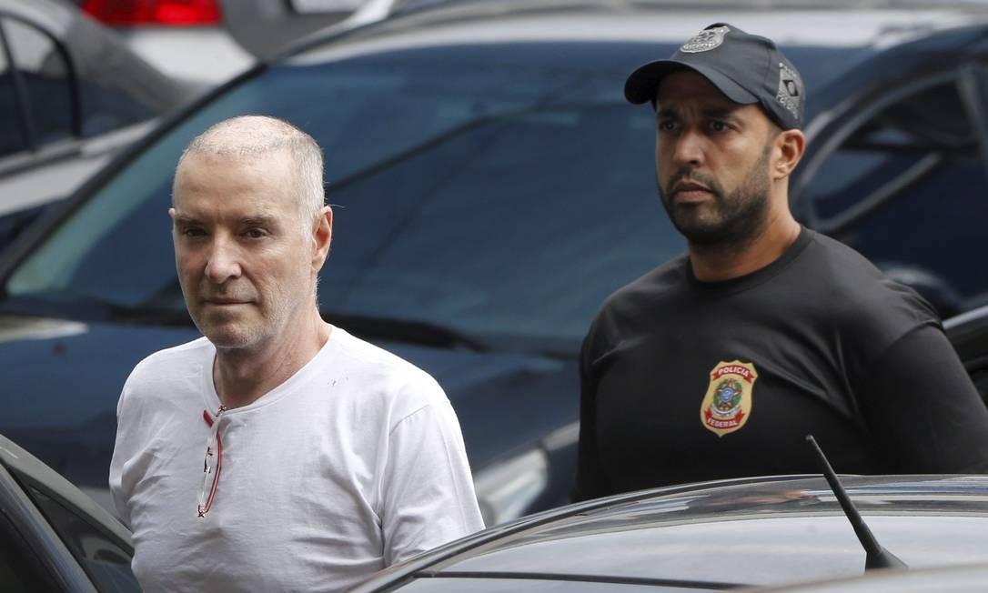 Eike Batista, dono do grupo EBX, foi preso pela primeira vez em janeiro de 2017, na Operação Eficiência, sobre esquema de desvio e lavagem de dinheiro de contratos do governo do Estado do Rio Foto: Domingos Peixoto / Agência O Globo