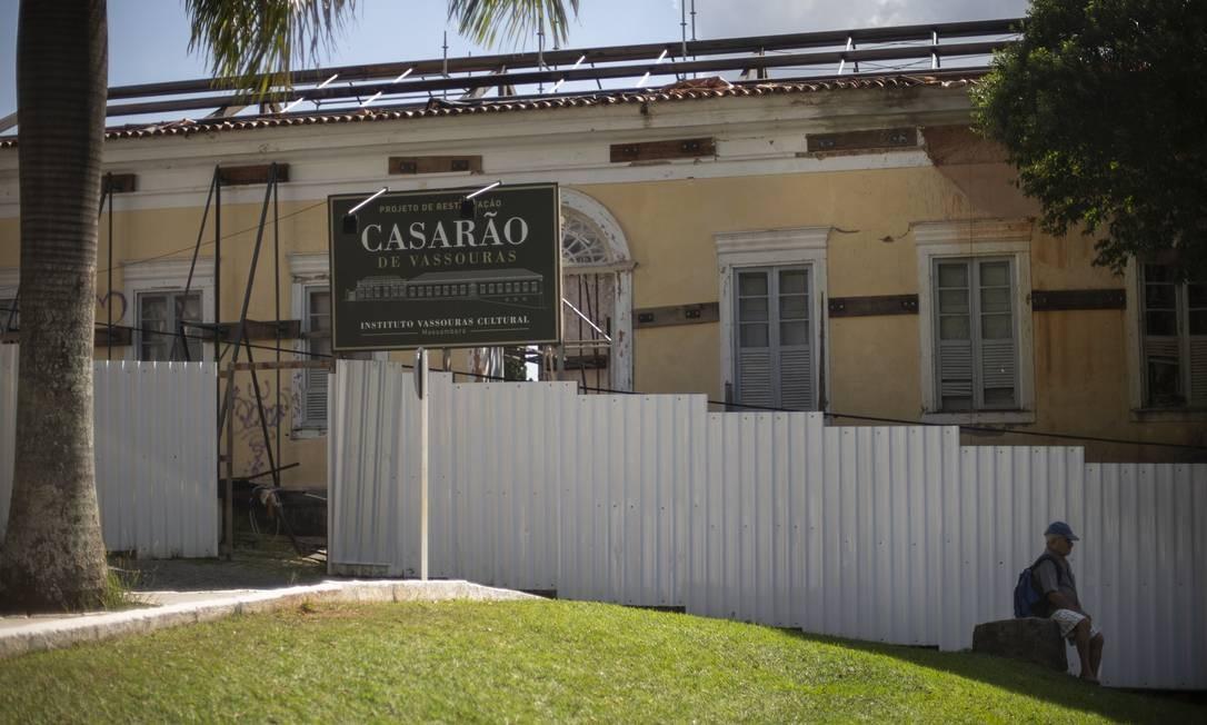 O Casarão de Vassouras, onde funcionava um asilo, está sendo restaurado Foto: Alexandre Cassiano / Agência O Globo