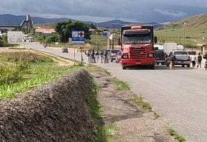Carros voltam a trafegar na fronteira entre Brasil e Venezuela após reabertura pelo governo de Nicolás Maduro Foto: Operação Acolhida