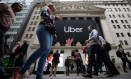 Logo do Uber na Bolsa de Nova York: queda. Foto: Michael Nagle / Bloomberg