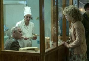Cena de 'Chernobyl': produtor da minissérie que estreou na sexta-feira diz que quis fazer 'uma espécie de memorial' para as pessoas que viveram a tragédia Foto: Divulgação